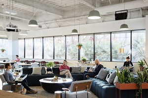 F w wework manhattan beach a s5 0484