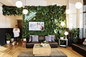 F w wework wh house a 0435